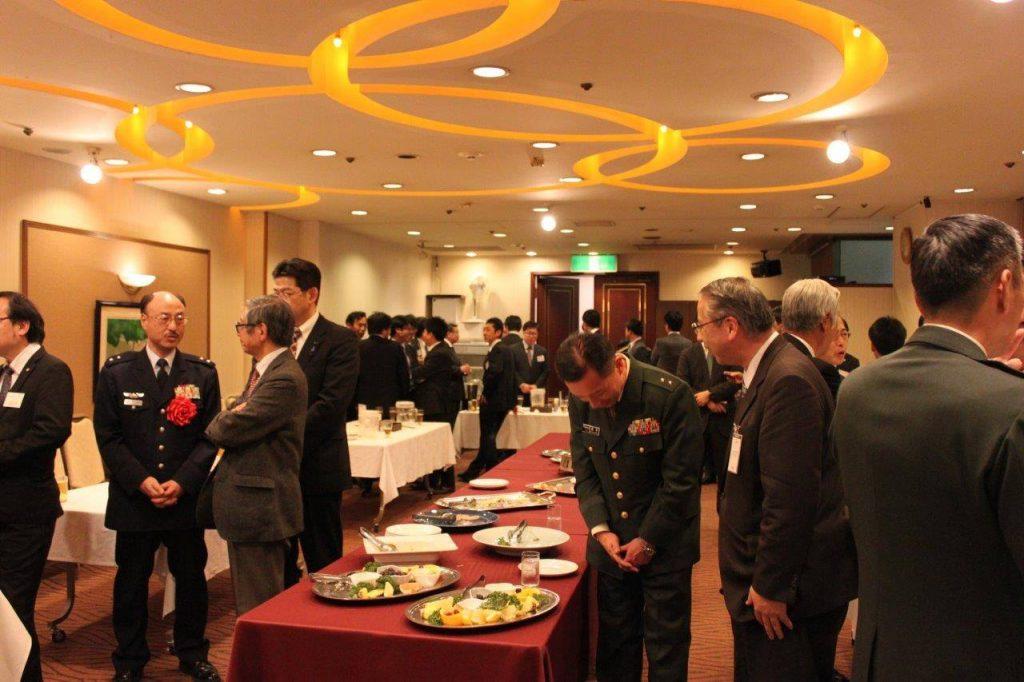 当日は地元宮城県議会、仙台市議会の議員の皆様、地元経済からも多くの関係者が集まり、盛会の発会式となった。