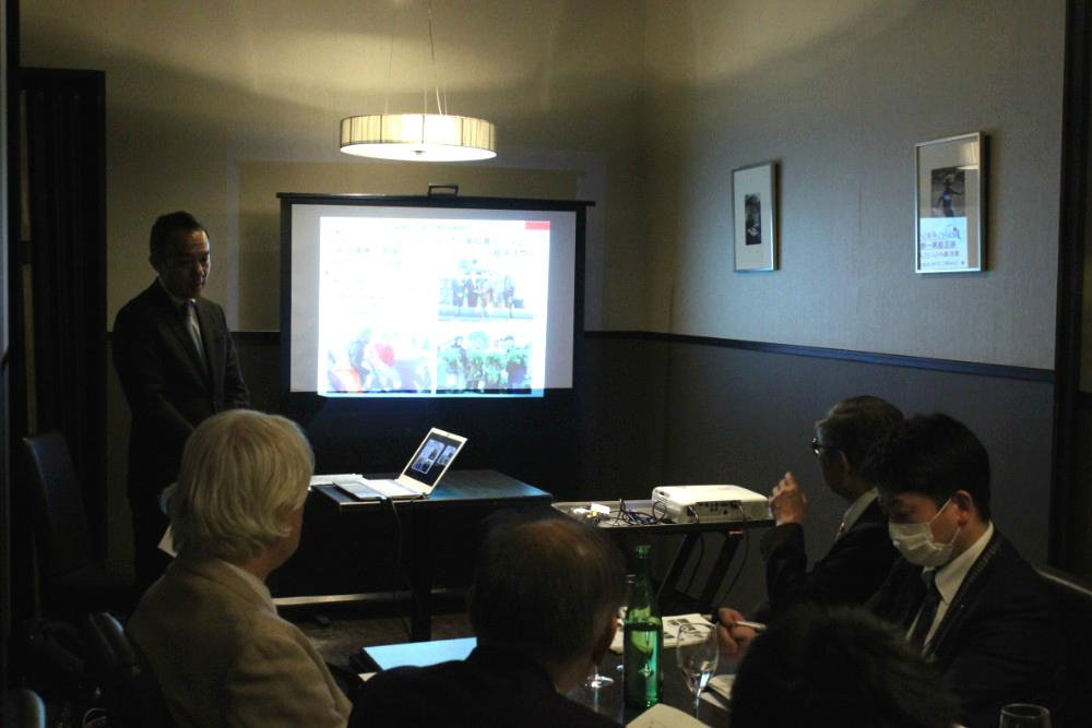 東北の地域の技術を活用した国際協力活動に、皆様熱心に耳を傾けていました。