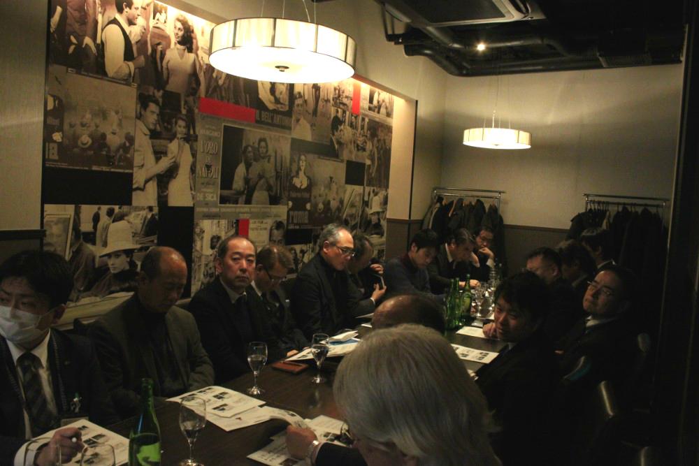当日はおよそ20人の会員の皆様にお集まり頂きました。
