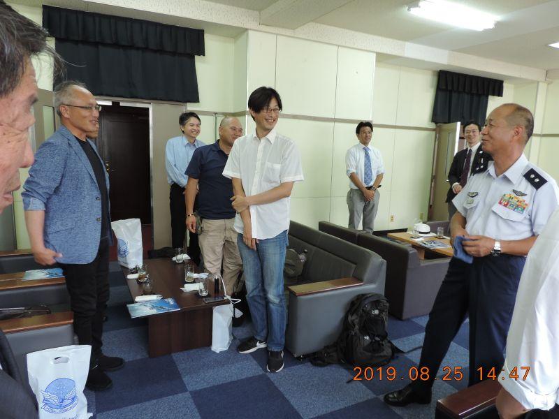 松尾司令にはご多忙中にも関わらず温かく迎えて頂きました